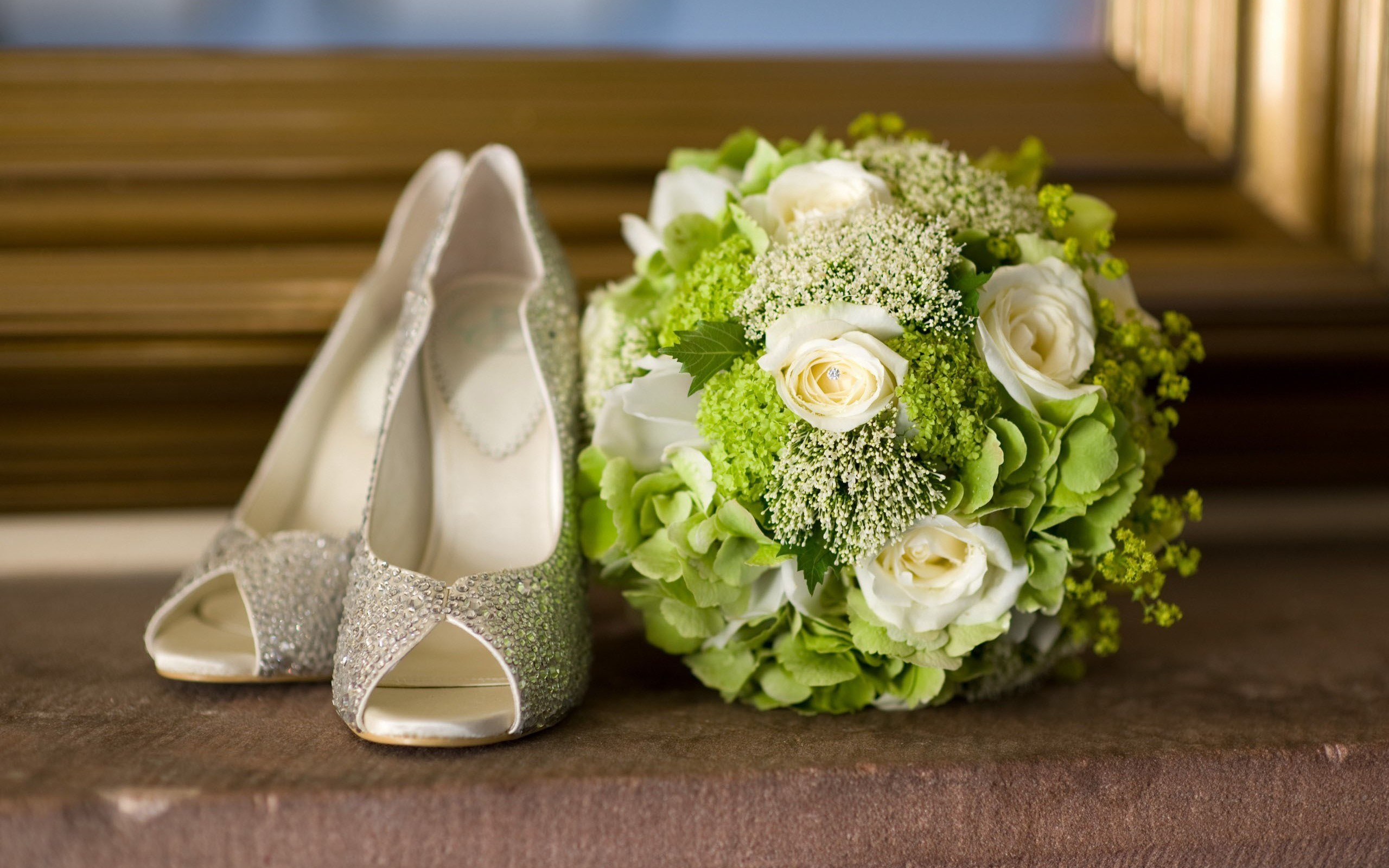 6987489 shoes flowers wedding bouquet tepeky dernei izmirmasajfo